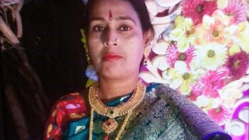 ছিনতাইকারীর হ্যাঁচকা টানে রিকশাআরোহীর মৃত্যু
